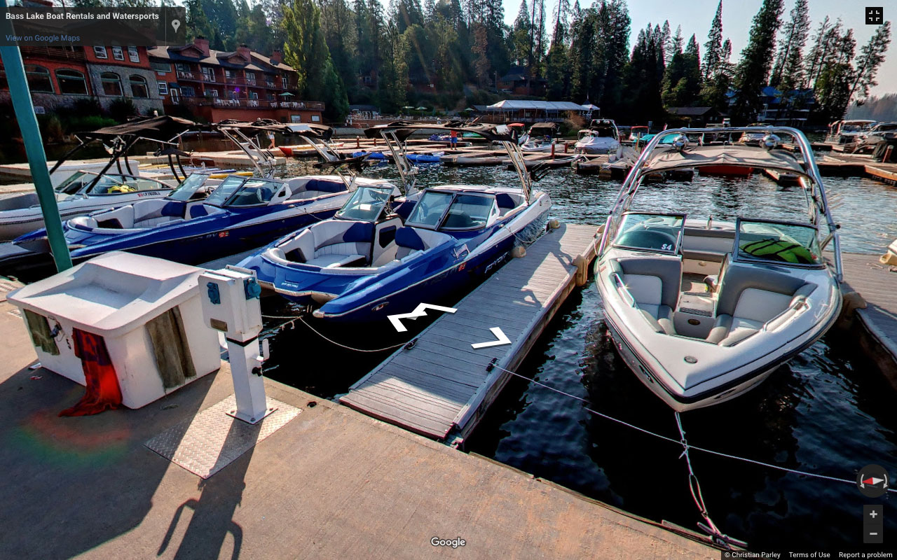 Bass_Lake_at_Yosemite_Boat_Rental